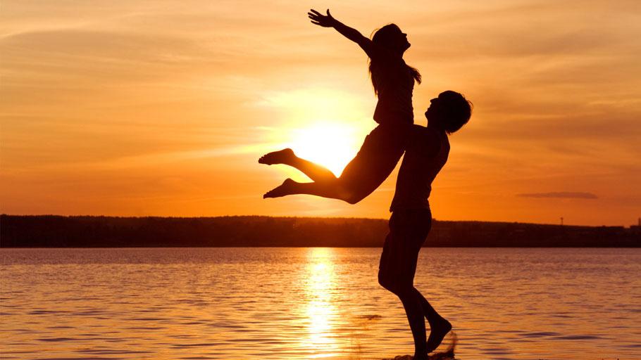 Kаждый человек желает быть счастливым.